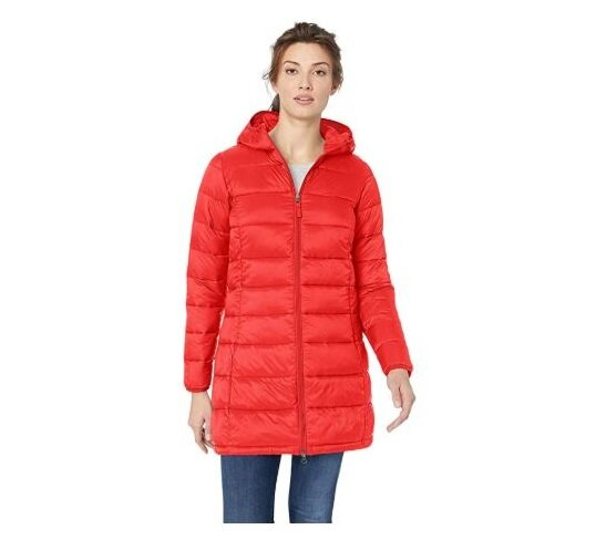 1.Amazon Essentials Women's Lightweight Water-Resistant Packable Puffer Coat